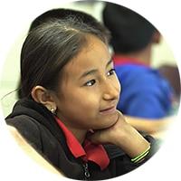 テクノロジーを通じて学習する生徒