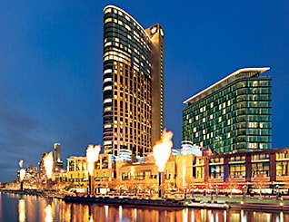 hotels in melbourne near crown casino