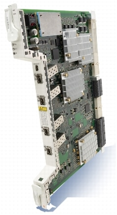 図 1 Cisco CPT Packet Transport Module(PTM)ライン カード