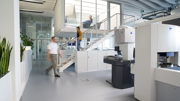 Wide view of a Zeiss Industrial Metrology lab