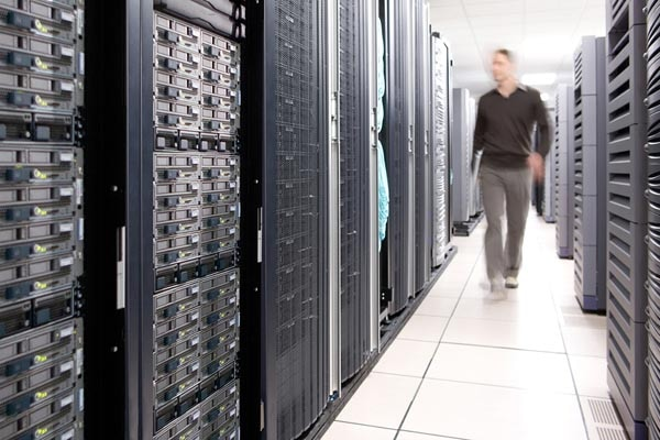 Easily Manage Data Center Computing