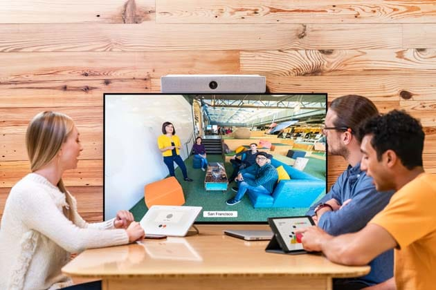 Use Huddle work spaces to collaborate and ad hoc meetings