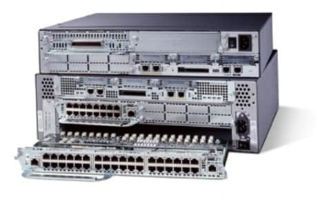 �} 2 EtherSwitch ���W���[���𓋍ڂ��� Cisco 3725 ����� 3745 �V���[�Y �v���b�g�t�H�[��